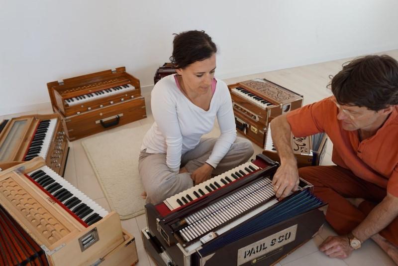 Diese-Instrumente-reisen-oft-sehr-weit-Bild-v.-Alexandra-Schmidt