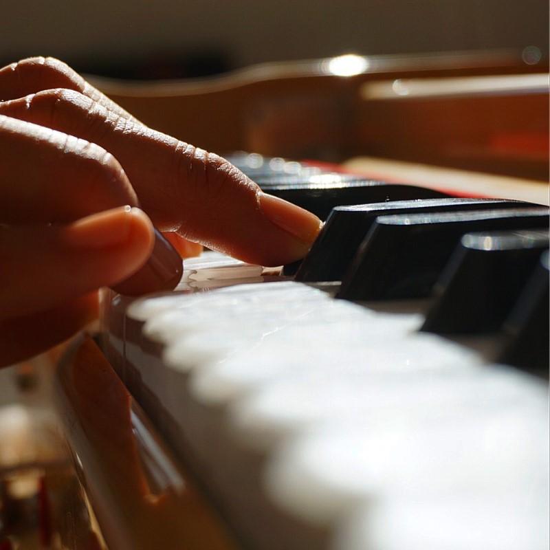 Jeder-Ton-durchdringt-Spieler-und-Zuhörer-Bild-v.-Alexandra-Schmidt